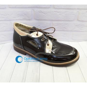 Весняні дорослі ортопедичні туфлі для дівчинки Kodo 519, Україна