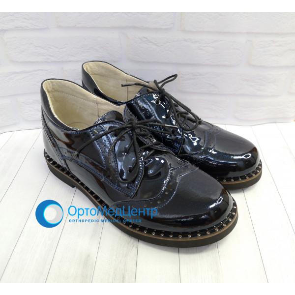 Весняні дорослі ортопедичні туфлі для дівчинки Kodo 615, Україна