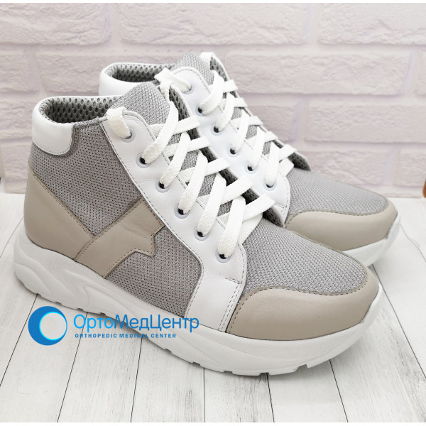 Ортопедичні кроссівки на шнурках Kodo 784, Україна